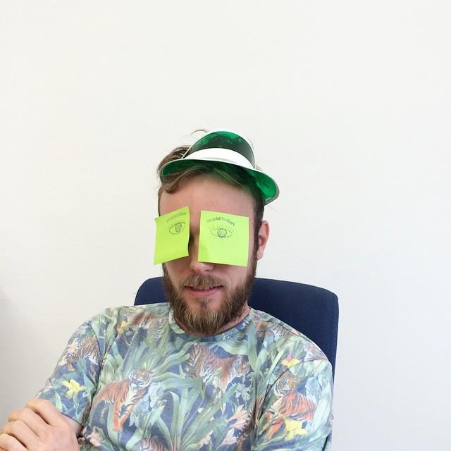 Roel van der Ven with Post-its on his eyes that look like eyes